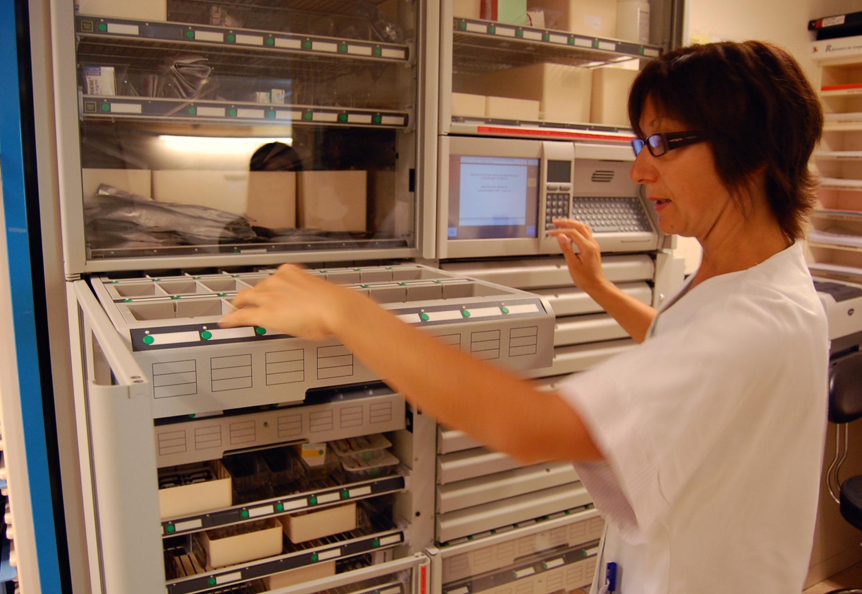 Des Armoires 224 Pharmacie Automatis 233 Es Pour Plus De S 233 Curit 233